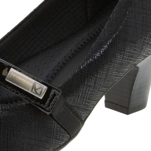 2dd2db7897 Sapato Feminino Salto Baixo Verniz Preto Piccadilly - 703011 -  cloviscalcados
