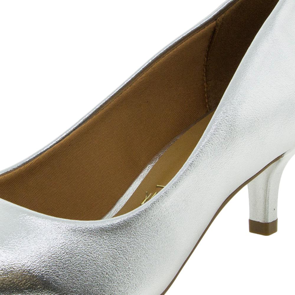 99ae2672f3 Sapato Feminino Salto Baixo Prata Vizzano - 1122600 - cloviscalcados