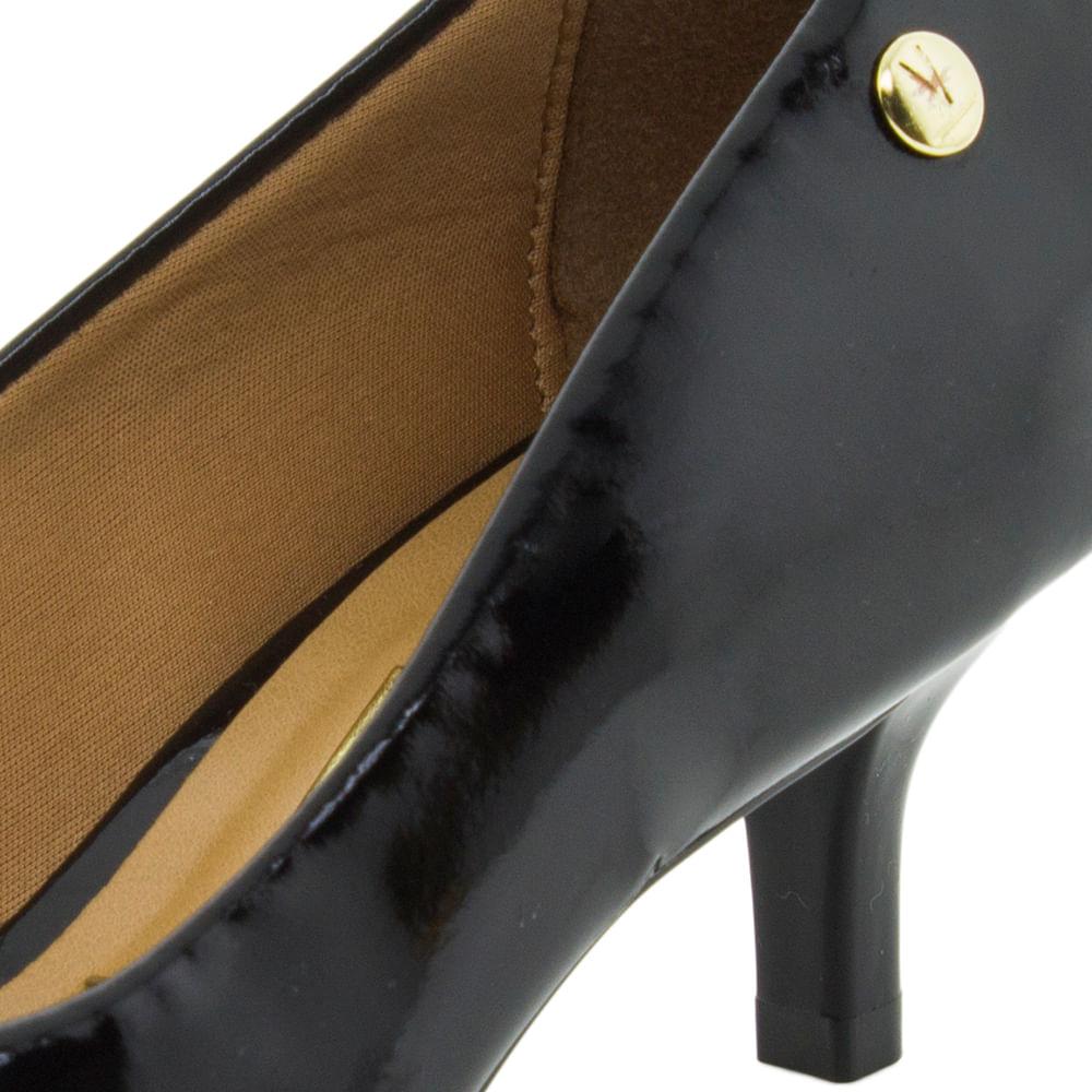 16f6daa552 Sapato Feminino Scarpin Salto Baixo Preto Vizzano - 1122628 - cloviscalcados