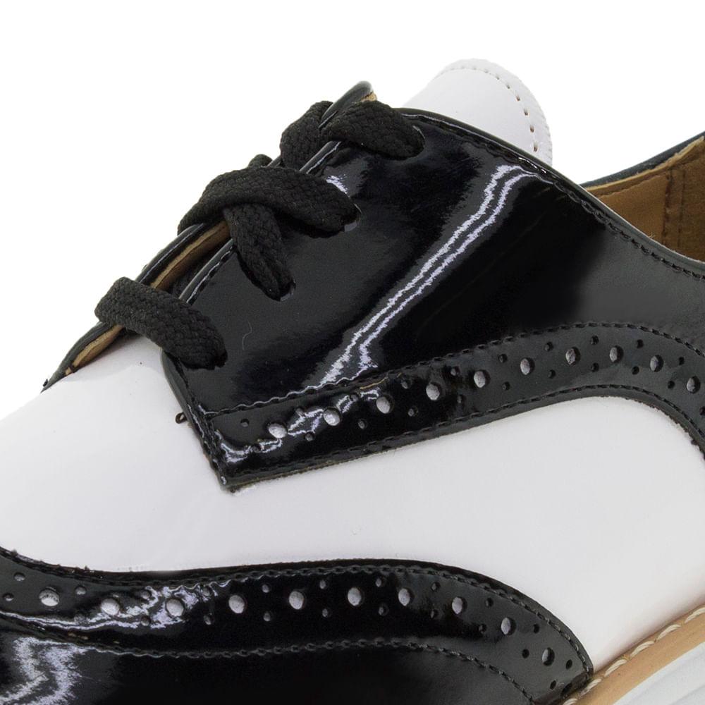 b114b855f5 Sapato Feminino Oxford Preto Branco Vizzano - 1231101 - cloviscalcados