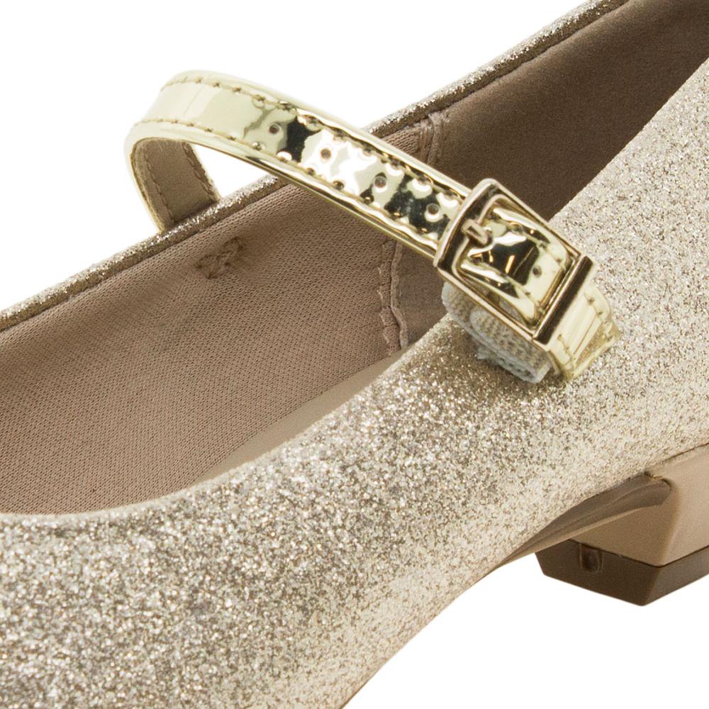 388227aaa Sapato Infantil Feminino Dourado Molekinha - 2166414 - cloviscalcados