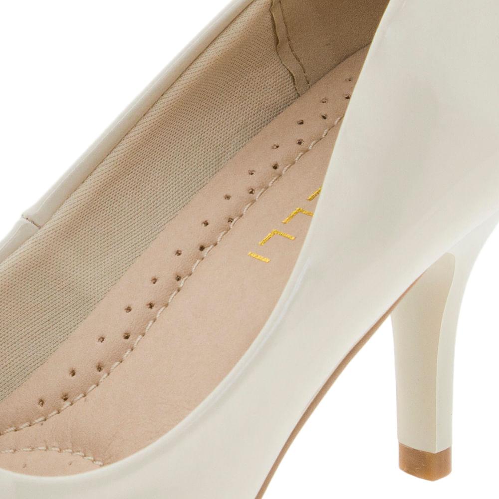 812be0cb81 Sapato Feminino Scarpin Salto Médio Marfim Facinelli - 62102 -  cloviscalcados