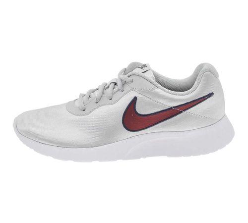 1686a59c67 Tênis Feminino Tanjun SE Prata Nike - 844908 - cloviscalcados