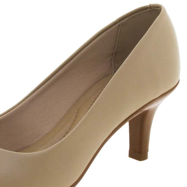 0ac7ad996 Sapato Feminino Scarpin Salto Médio Bege Beira Rio - 4163100 -  cloviscalcados