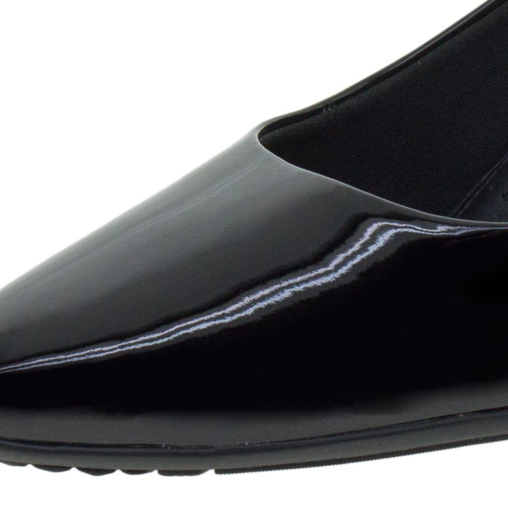 0438117c18 Sapato Feminino Salto Baixo Piccadilly - 703001 Verniz preto -  cloviscalcados