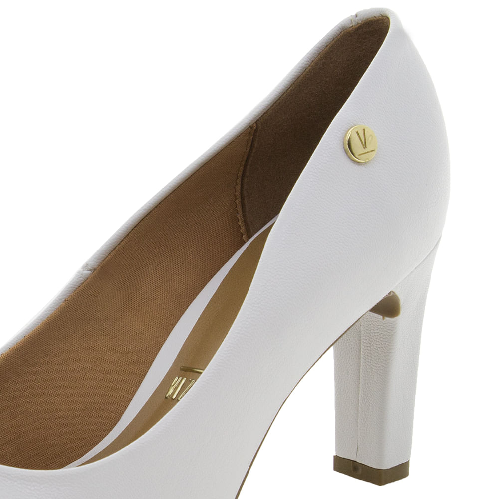 c48b699a2 Sapato Feminino Salto Alto Branco Vizzano - 1253100 - cloviscalcados